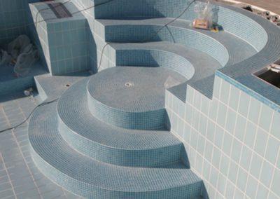 Εσωτερική επένδυση πισίνας- Σκαλοπάτια πισίνας με επένδυση ψηφίδας