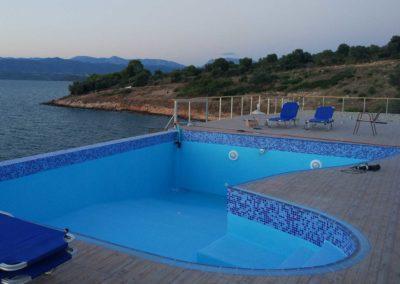 Επένδυση πισίνας-Διαμόρφωση επιφανείας με plaster