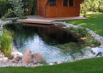 Φυσική πισίνα χωρίς χημικά-η μεγάλη διάσταση δεν είναι προϋπόθεση