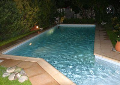ισίνες μπετόν - Μικρή πισίνα, με skimmer και liner