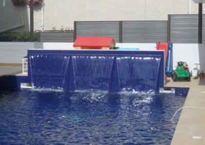Καταρράκτες πισίνας-Ο ήχος κυμάτων στη πισίνα