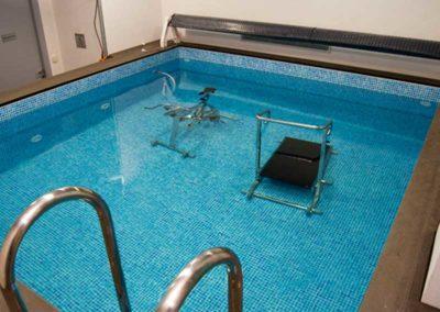 Μικρή πισίνα-Εξοπλισμός εκγύμνασης