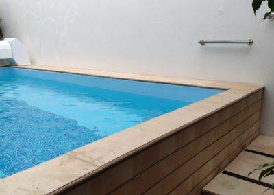 Πισίνα αποκατάστασης-Εξωτερική σκάλα εισόδου