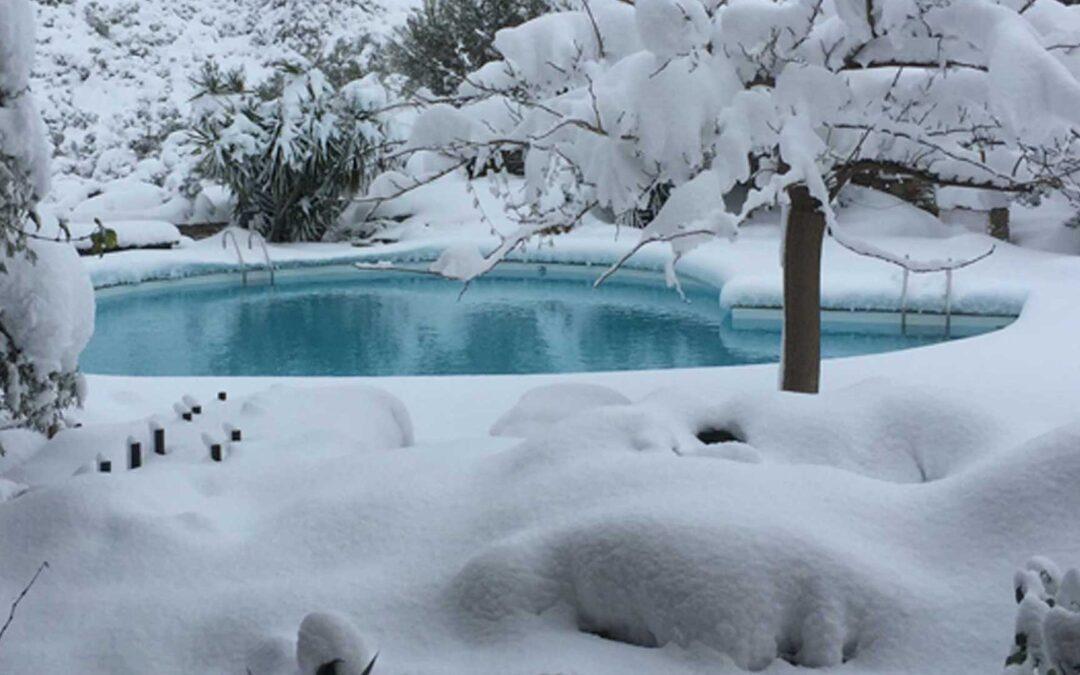 Πισίνα τον χειμώνα